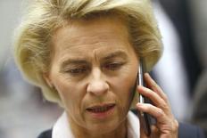 Ministra de Defesa alemã Ursula von der Leyen durante evento em Berlim.  26/11/2015.   REUTERS/Hannibal Hanschke