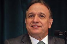 Foto de archivo de Murilo Ferreira, durante una conferencia de prensa en la Bolsa de Nueva York, 3 de diciembre de 2012. Murilo Ferreira renunció el lunes a la presidencia de la estatal brasileña Petrobras, sin revelar la razón de su decisión. REUTERS/Barani Krishnan
