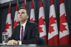 Canada's Finance Minister Bill Morneau listens to a question during a news conference upon the release of the economic and fiscal update in Ottawa, Canada November 20, 2015. REUTERS/Chris Wattie