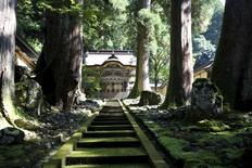 Karamon gate (C) is pictured at the Eiheiji temple in Eiheiji town, Fukui prefecture, October 14, 2015. REUTERS/Junko Fujita