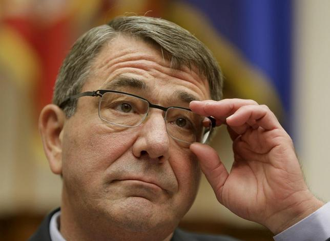 U.S. Defense Secretary Ash Carter testifies before a House Armed Services Committee hearing on ''U.S. Strategy for Syria and Iraq and its Implications for the Region'' in Washington December 1, 2015.   REUTERS/Gary Cameron