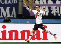 Lucas Alario, do River Plate, comemorando gol contra o Sanfrecce Hiroshoma no Mundial de Clubes da Fifa, em Osaka.     16/12/2015    REUTERS/Thomas Peter