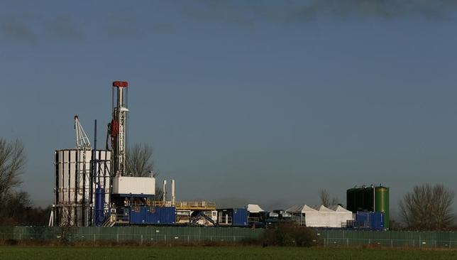 The IGas Energy exploratory gas drilling site is seen at at Barton Moss near Manchester in northern England January 13, 2014.  REUTERS/Phil Noble