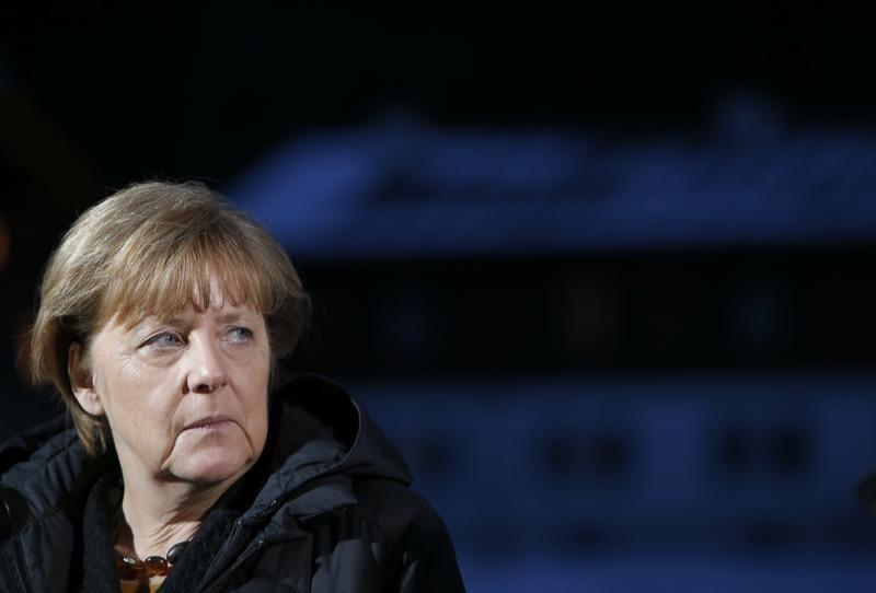 ميركل تريد خفض تدفق اللاجئين مع إبقاء حدود الاتحاد الأوروبي مفتوحة