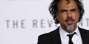 """Iñárritu no lançamento de filme """"O Regresso"""" em Hollywood 16/12/2015 REUTERS/Mario Anzuoni"""