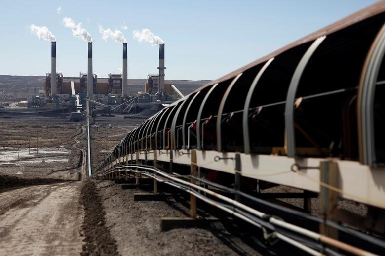 Coal is transported via conveyor belt to the coal-fired Jim Bridger Power Plant in Wyoming. REUTERS/Jim Urquhart