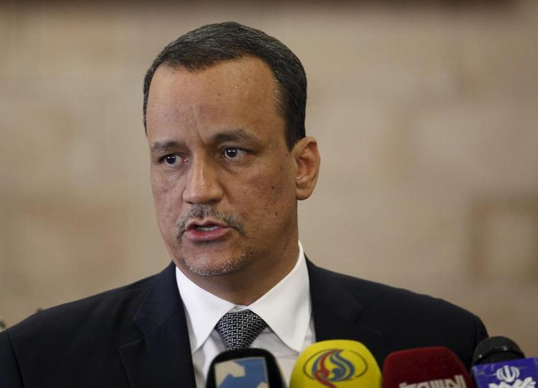 United Nations (U.N.) special envoy for Yemen, Ismail Ould Cheikh Ahmed speaks to the media upon departure after a five-day visit to Yemen's capital Sanaa January 14, 2016. REUTERS/Khaled Abdullah