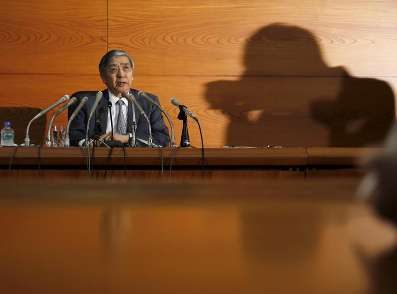 Bank of Japan (BOJ) Governor Haruhiko Kuroda speaks during a news conference at the BOJ headquarters in Tokyo, Japan, December 18, 2015.   REUTERS/Toru Hanai