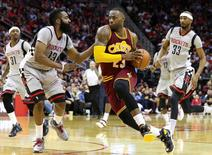 Jan 15, 2016; Houston, TX, USA; Cleveland Cavaliers forward LeBron James (23) drives to the basket during the third quarter against the Houston Rockets at Toyota Center. The Cavaliers won 91-77. Mandatory Credit: Troy Taormina-USA TODAY Sports