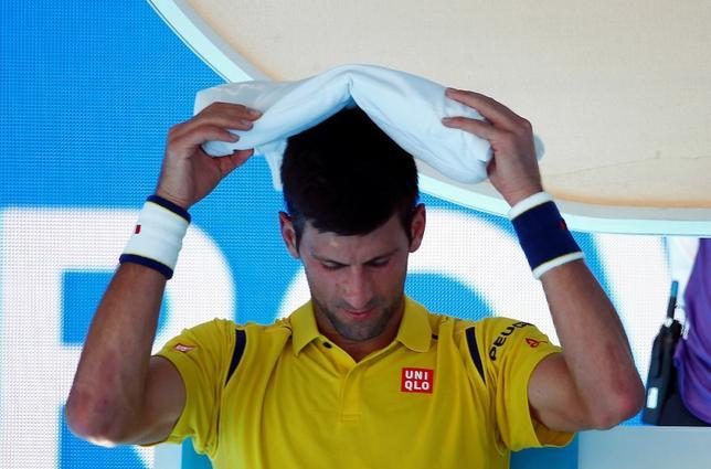 1月18日、男子テニスの世界ランク1位、ノバク・ジョコビッチ(写真)は、キャリア序盤にスタッフを通じて間接的に八百長を持ちかけられたことがあると明かした(2016年 ロイター/Jason Reed)