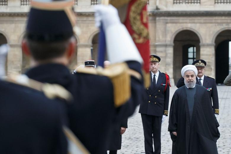 Iran's President Hassan Rouhani attends a ceremony in the courtyard of the Hotel des Invalides in Paris, France, January 28, 2016.  REUTERS/Michel Euler