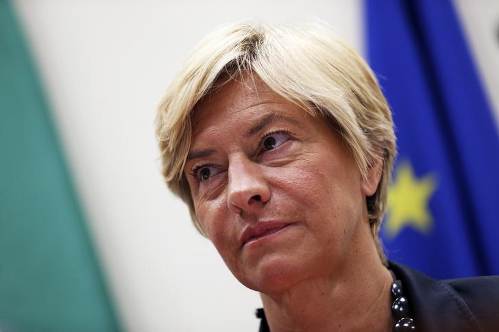 Italy's Defense Minister Roberta Pinotti attends a news conference with Health Minister Beatrice Lorenzin (not pictured) in Rome September 18, 2014. REUTERS/Alessandro Bianchi