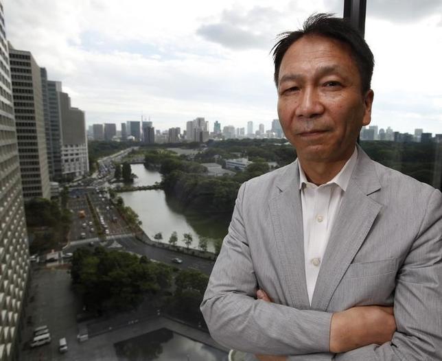 2月4日、岩田一政・日本経済研究センター理事長(元日銀副総裁)は、ロイターとのインタビューで、日銀が導入したマイナス金利について、マイナス幅は2%程度まで拡大可能との見方を示した。写真は都内で2012年9月撮影(2016年 ロイター/Toru Hanai)