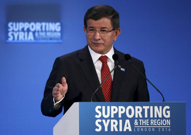 Turkish Prime Minister Ahmet Davutoglu speaks at the donors Conference for Syria in London, Britain February 4, 2016.  REUTERS/Dan Kitwood/pool