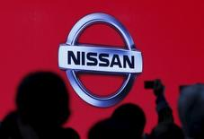 L'alliance Renault-Nissan a vendu 8,53 millions de véhicules l'an dernier, soit une hausse de près de 1%, des ventes record aux Etats-Unis, en Chine et en Europe éclipsant le marasme persistant du marché russe. Les ventes de Nissan ont représenté 63,5% des ventes totales de l'alliance et celles de Renault ont pesé pour 33%. /Photo prise le 2 novembre 2015/REUTERS/Issei Kato