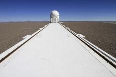 Un consorcio italiano, que incluye a la constructora Astaldi, está cerca de asegurar un contrato para construir el telescopio más grande del mundo en el desierto chileno, dijo el jueves el Observatorio Europeo Austral (ESO), propietario del proyecto.  9 de febrero de 2010. REUTERS/Victor Ruiz Caballero
