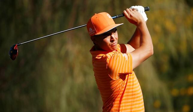 Rickie Fowler hits his drive on the 2nd hole  during the final round of the Waste Management Phoenix Open golf tournament at TPC Scottsdale. Mandatory Credit: Rob Schumacher/The Arizona Republic-USA TODAY Sports