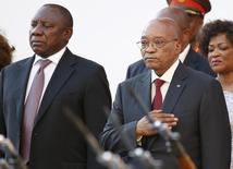 South Africa's Deputy President Cyril Ramaphosa and President Jacob Zuma stand before the State of the Nation address at the opening session of Parliament in Cape Town, February 11, 2016.  REUTERS/Mike Hutchings