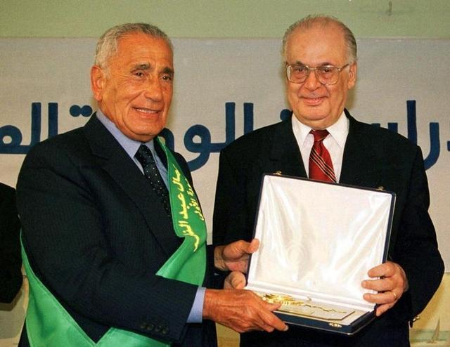 وفاة الصحفي المصري البارز محمد حسنين هيكل عن 92 عاما<br />