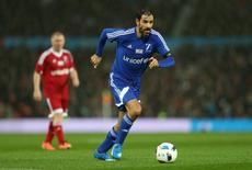 Francês Robert Pires em partida amistosa na Inglaterra. 14/11/2015 Action Images via Reuters / Alex Morton