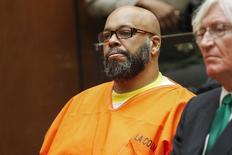 "Defendant Marion ""Suge"" Knight attends a hearing with attorney Thomas Mesereau in his murder case in Los Angeles, California in this July 7, 2015, file photo. REUTERS/Patrick T. Fallon/Files"