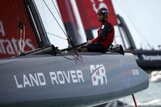 Skipper Sir Ben Ainsle steers AC45F racing sailboat Land Rover BAR (Ben Ainslie Racing) during a training race for the America's Cup World Series sailing event in Hamilton, Bermuda, October 16, 2015. REUTERS/Mike Segar