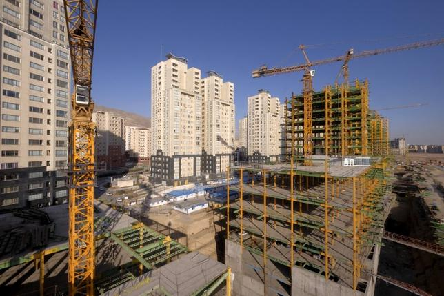 A view shows buildings under construction in Tehran, Iran January 20, 2016 REUTERS/Raheb Homavandi/TIMA