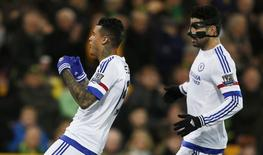 Kenedy comemora gol do Chelsea sobre o Norwich City. 1/3/16.  Reuters/Peter Cziborra