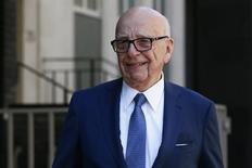 Rupert Murdoch deixa sua casa em Londres.  4/3/2016. REUTERS/Stefan Wermuth