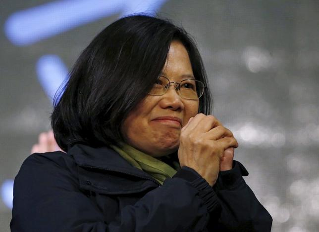 An emotional Democratic Progressive Party (DPP) Chairperson and presidential candidate Tsai Ing-wen thanks her supporters after her election victory at party headquarters in Taipei, Taiwan January 16, 2016. REUTERS/Pichi Chuang
