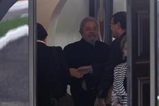 Ex-presidente Lula é visto antes de encontro com senadores do PMDB em Brasília. 9/3/2016. REUTERS/Ueslei Marcelino