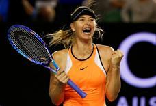 Maria Sharapova durante partida no Aberto da Austrália.    24/02/2016   REUTERS/Thomas Peter