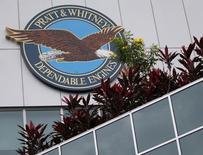 Pratt & Whitney affirme jeudi que son nouveau moteur Geared Turbofan a fait preuve d'un grand niveau de fiabilité chez son premier client, la compagnie allemande Lufthansa. Qatar Airways, initialement le client de lancement, s'est plaint de la performance du moteur dans les climats chauds. /Photo prise le 15 février 2016/REUTERS/Edgar Su