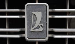 Renault-Nissan et Alliance Rostec, la holding de contrôle d'Avtovaz, ont annoncé la nomination de Nicolas Maure, directeur général de Renault Roumanie, à la tête du constructeur russe Avtovaz. Cette nomination sera effective à compter du 4 avril. /Photo d'archives/REUTERS/Alexander Demianchuk