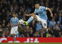 Aguero em jogo do Manchester City com o Dynamo Kiev.  15/3/16.  Reuters/Phil Noble