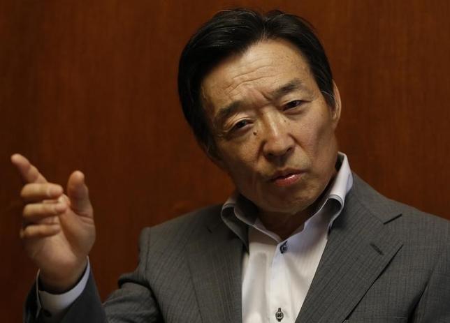 3月23日、日銀によると、岩田規久男副総裁が腰部疾患の悪化により16日に入院した。写真は都内で2013年6月撮影(2016年 ロイター/Toru Hanai)