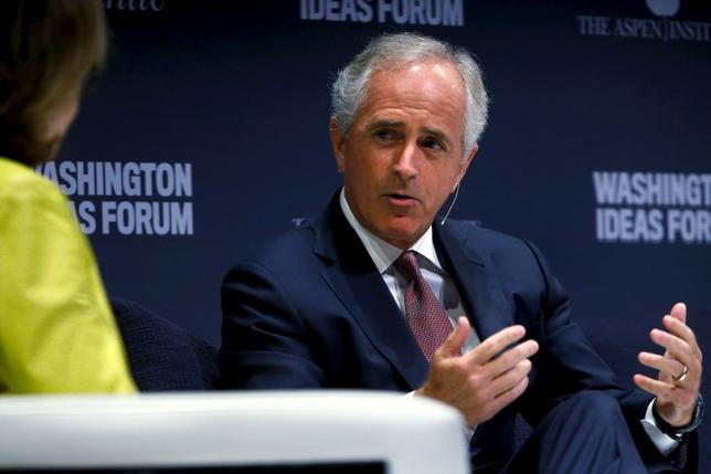 U.S. Senator Bob Corker (R) participates in the Washington Ideas Forum in Washington, September 30, 2015. REUTERS/Jonathan Ernst
