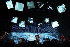 Radiohead faz show em festival em Indio, na Califórnia.  14/4/2012. REUTERS/David McNew