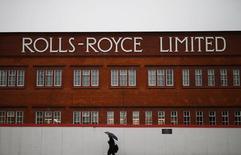 Бывший  завод Rolls Royce в Дерби. Rolls-Royce подтвердила прогноз на 2016 год, что может свидетельствовать о стабилизации показателей компании, в прошлом году выпустившей три предупреждения о снижении прибыли в связи с переменами на рынке авиационных двигателей и слабым потребительским спросом в энергосекторе.    REUTERS/Darren Staples