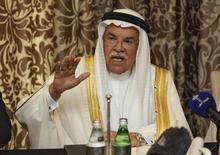 Imagen de archivo del ahora ex ministro del Petróleo de Arabia Saudita, Ali al-Naimi, quien dejó su cargo el sábado en medio de un extenso recambio de Gabinete y de altas autoridades económicas del país . REUTERS/Naseem Zeitoon      TPX