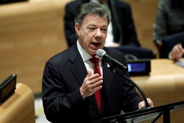 Colombia's President Juan Manuel Santos addresses a United Nations General Assembly special session on the world drug problem at U.N. headquarters in New York, U.S., April 21, 2016. REUTERS/Mike Segar