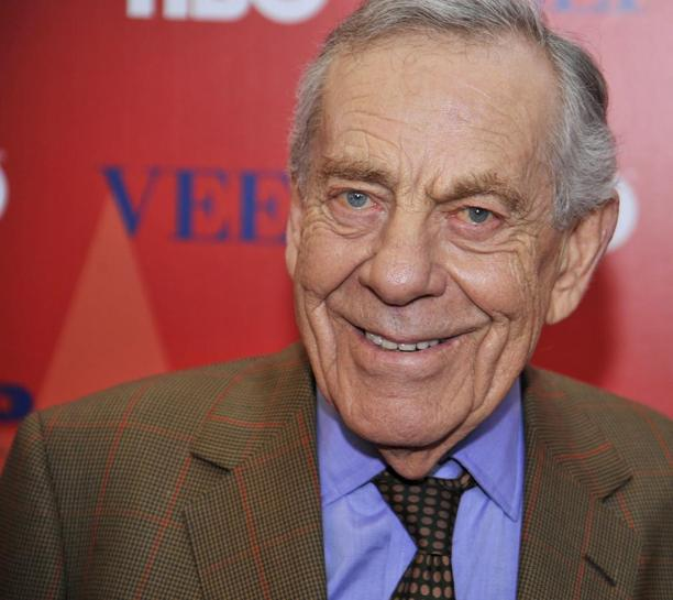 CBS newsman Morley Safer dead at age 84, retired days ago | Reuters