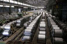 Les dirigeants du Groupe des Sept évoqueront les moyens de réduire les surcapacités industrielles mondiales, notamment l'excédent de production d'acier, lorsqu'ils se retrouveront la semaine prochaine au Japon. /Photo prise le 18 mai 2010/REUTERS/Pichi Chuang