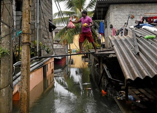 Tens of thousands need aid after deadly cyclone pounds Bangladesh, Sri Lanka