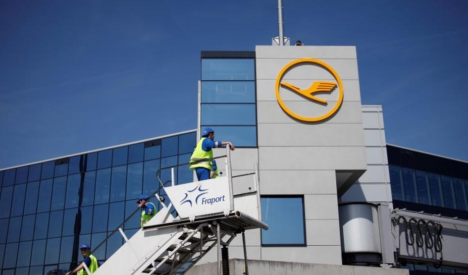 Lufthansa suspends caracas flights as venezuelan economy for Lufthansa direct flights to germany