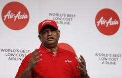 AirAsia Group CEO Tony Fernandes speaks during a group news conference in Tokyo July 1, 2014. REUTERS/Issei Kato