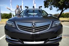 An autonomous version of Acura's RLX Sport Hybrid SH-AWD is pictured during a media tour of carmaker Honda's testing grounds at the GoMentum Station autonomous vehicle test facility in Concord, California June 1, 2016.  REUTERS/Noah Berger