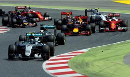 Formula One - Spanish Grand Prix - Barcelona-Catalunya racetrack, Montmelo, Spain - 15/5/16 Mercedes F1 driver Nico Rosberg of Germany leads pack during Spanish Grand Prix. REUTERS/Albert Gea