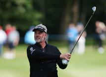 Britain Golf - BMW PGA Championship - Wentworth Club, Virginia Water, Surrey, England - 27/5/16 Northern Ireland's Darren Clarke in action during the second round Mandatory Credit: Action Images / Paul Childs Livepic