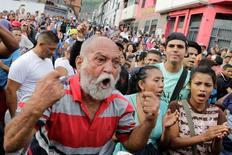 Manifestação contra governo Maduro em Caracas.    14/06/2016       REUTERS/Marco Bello